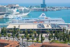 editorial Maj, 2018 w Hiszpanii Widok port Barc fotografia stock