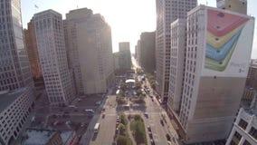 Editoriale aereo della città di Detroit stock footage