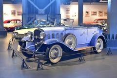 Editoriale: Gurgaon, Haryana, India: 9 aprile 2016: Modello del convertibile 1962 del faeton di Chevrolet in museo fotografie stock libere da diritti
