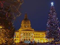 Edmonton constructiva legislativa, Alberta With Christmas Lights Imagen de archivo libre de regalías