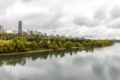 Edmonton od rzeki zdjęcia royalty free