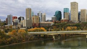 Edmonton, paysage urbain de Canada au crépuscule photos stock