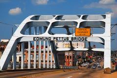 Edmund Pettus Bridge medborgerlig rättighetgränsmärke, Selma, Alabama Arkivbilder