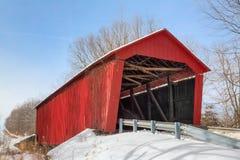 Edna Collings Covered Bridge met Sneeuw Royalty-vrije Stock Foto's