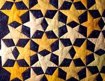 Edredão handcrafted do tecido de algodão da noite estrelado imagem de stock