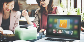 Educação em linha do ícone do lápis que aprende o conceito gráfico Foto de Stock Royalty Free