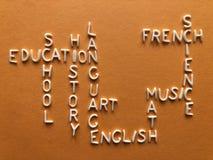 Educación, concepto creativo, palabras del crucigrama foto de archivo