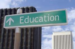 Educación a continuación Imágenes de archivo libres de regalías