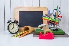 Educación, de nuevo a la escuela, haciendo compras Imagen de archivo libre de regalías