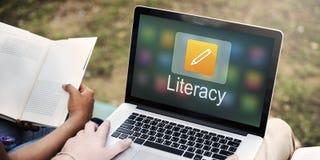 Educación en línea del icono del lápiz que aprende concepto gráfico imagen de archivo