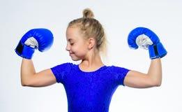 Educación para la dirección y el ganador Boxeo fuerte del niño Concepto del deporte y de la salud Deporte de encajonamiento para  imagenes de archivo
