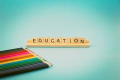 Educación y lápices coloreados Foto de archivo libre de regalías