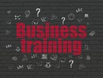 Edukaci pojęcie: Biznesowy szkolenie na ściennym tle Zdjęcia Stock