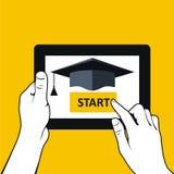Edukacja i dystansowy uczenie - pastylka komputer osobisty Obraz Stock