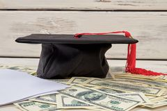 Edukacja i pieniądze pojęcie fotografia royalty free