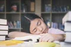 edukacja, sesja, egzaminy i szkolny pojęcie, Fotografia Stock