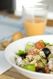 EDZR - de salade, het sap en de toosts van Deegwaren Stock Fotografie