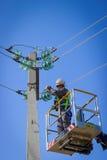 Eelectrician praca Zdjęcia Royalty Free