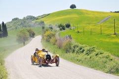 Een 1927 gele BNC 527 Monza bij 1000 Miglia Stock Afbeeldingen