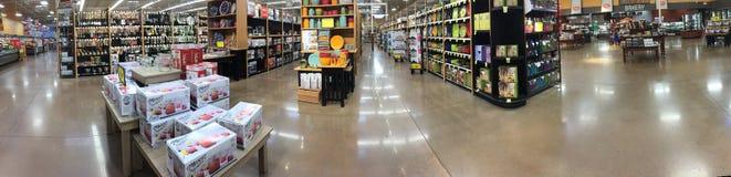 Een aardige kruidenierswinkelopslag binnenlandse TX Stock Foto's