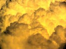 Stormachtige wolkenachtergrond Royalty-vrije Stock Foto's