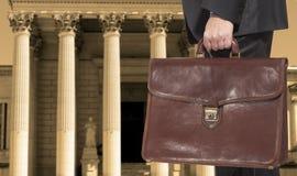 Een advocaat met een aktentas Royalty-vrije Stock Foto's