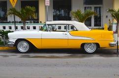 Een Amerikaanse Klassieke Auto Stock Afbeelding