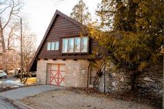 Een ander fijn voorbeeld van een Graaf Young Mushroom House in Charlevoix Michigan royalty-vrije stock foto