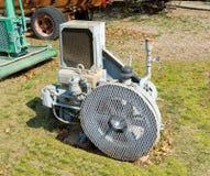 Een antieke luchtcompressor zoals die bij een openluchtmuseum in fort Nelson wordt gezien, BC stock afbeeldingen