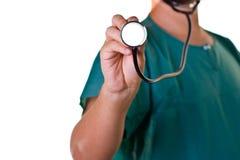 Een arts met een stethoscoop Stock Afbeeldingen