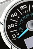 Een automobiele odometer Stock Afbeeldingen
