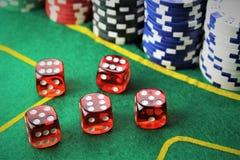 Een beeld van een casino - dobbel, breek, het gokken af stock afbeelding