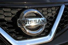 Een beeld van een embleem van Nissan - Hameln/Duitsland - 07/18/2017 Royalty-vrije Stock Fotografie