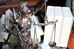 Een beeld van een rechtvaardigheid - justitia, wettelijke wet, stock foto