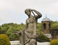Een beeldhouwwerk Aphrodite bij Huis Chatsworth Stock Afbeeldingen