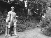 Een beeldhouwwerk in de tuinen van Exeter binnen Royalty-vrije Stock Afbeelding