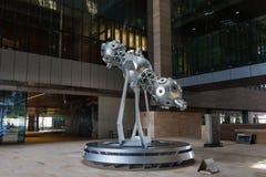 Een beeldhouwwerk van een planetarium in de campus van de Koning Abdullah University van Wetenschap en Technologie, Thuwal stock foto