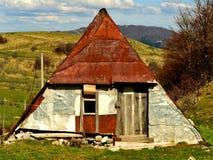 Een berghuis bij dorp Umoljani, Bjelasnica Royalty-vrije Stock Foto's