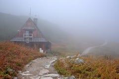 Een berghut in Tatra bergen, Polen royalty-vrije stock fotografie