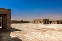 Een binnenbinnenplaats van Aqeer-Kasteel, Saudi-Arabië royalty-vrije stock afbeelding