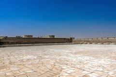 Een binnenbinnenplaats van Aqeer-Kasteel, Saudi-Arabië stock fotografie
