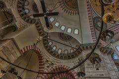 Een binnenlandse mening van Suleymaniye-Moskee (Suleymaniye Camisi), IST Stock Afbeelding