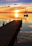 Een blauwe dag op het meer royalty-vrije stock fotografie