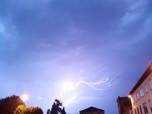 Een blikseminslag Stock Afbeelding