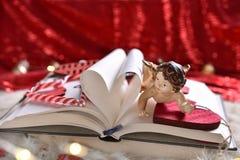 Een boek van liefde voor Valentijnskaarten royalty-vrije stock foto's