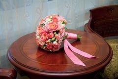 Een boeket van huwelijksbloemen stock afbeelding