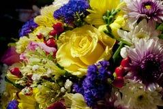 Een boeket van mooie bloemen royalty-vrije stock afbeelding