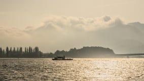 Een boot in het meer Royalty-vrije Stock Foto