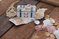 Een borst bespaart op uw vakantie Stock Afbeeldingen