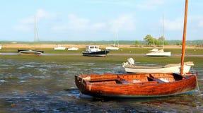 EEN boten op het meer Royalty-vrije Stock Afbeelding